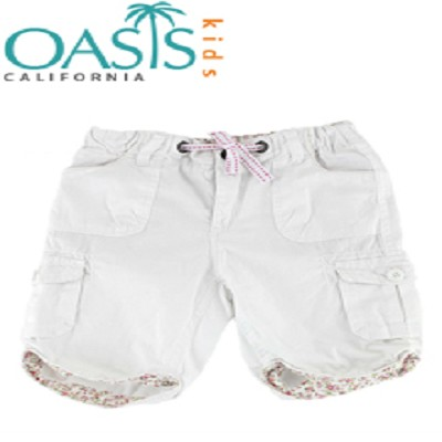 White Short Pants With Floral Edge