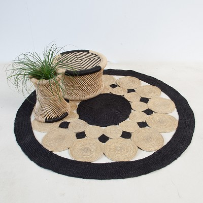 Mandala Carpet Black / Natural Medium